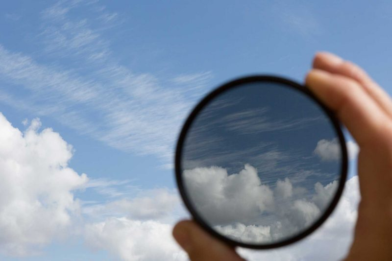 Example of polarizing filter with clouds